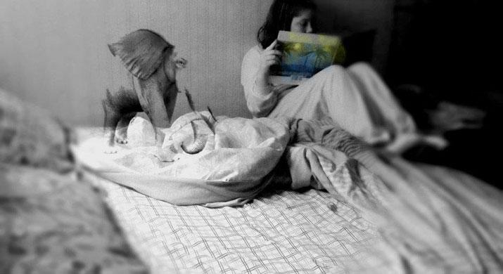 ashley-keeler-photography-elephant-black-white-reading-book-young-girl